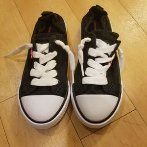 LEVIS BLACK WHITE FITTED Classic SNEAKERs 13